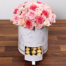 Box Of Pink Roses And Chocolates: Gift Delivery Bahrain