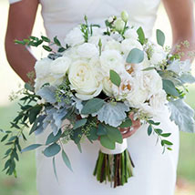 Alluring Bridal Bouquet: Flowers for Bride