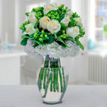 Arranged In Green N White: Mother's Day Gift Ideas