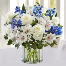 Blue and White Floral Bunch In Glass Vase: Gifts for Men