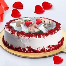 Love Photo Cake: Red Velvet Cake
