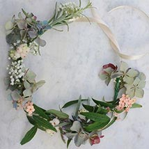 Pretty Floral Tiara: Flowers for Bride