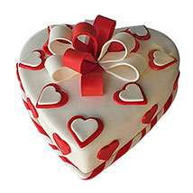 Red Ribbon Cake: Valentine's Day Gifts