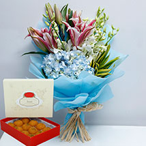 Pretty Flowers Bunch and Motichoor Laddoo Combo: Anniversary Flowers with Sweets
