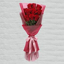 10 Red Roses Lovely Bouquet: Gift Delivery in Qatar