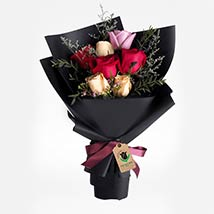 Delight Of Roses Bouquet: Flower Delivery Qatar