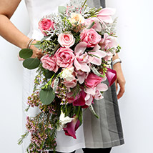 Mixed Roses and Calla Lilies Bouquet SG: Gift Delivery Singapore